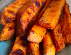 Recipe for healthy baked sweet potato fries that are evenly cooked and actually crispy!