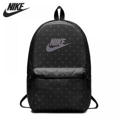 Simplicity and functionality combine in this Nike Heritage backpack with its clean, multi-pocket design. Mesh Backpack, Black Backpack, Heritage Backpack, School Bags, You Bag, Fashion Backpack, Mens Fashion, Unisex, The Originals