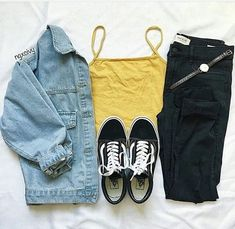 Back-to-School Outfits for Teens and Tweens School Outfits For Teen Girls, Teenager Outfits, Teen Fashion Outfits, Jean Outfits, Fashion Week, Outfits For Teens, Tween Fashion, Fashion 2016, Outfits With Black Jeans