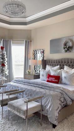 Guest Bedroom Decor, Decor Home Living Room, Master Bedroom Design, Home Bedroom, Living Room Designs, Glam Bedroom, Chic Bedroom Ideas, Bedroom Ideas For Women, Master Bedroom Decorating Ideas