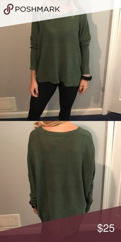 Green sweater Comfy green sweater. Worn but in great condition. Size is S/M Sweaters Crew & Scoop Necks