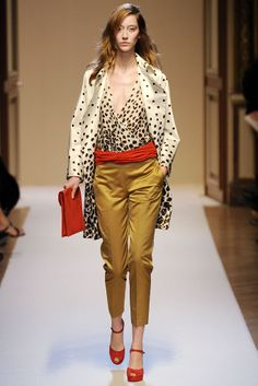 Emanuel Ungaro Fall 2010 Ready-to-Wear Collection