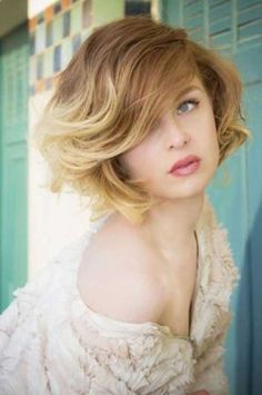 New Short Wavy Hairstyles | 2013 Short Haircut for Women