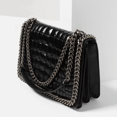 CROSSBODY BAG WITH EMBOSSED CHAIN-BAGS-WOMAN-COLLECTION SS/17 | ZARA Netherlands