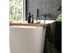 Lekkert frittstående badekar med sluk og overløp. Dybe er helstøpt uten avtagbart panel og kan ikke påmonteres karkantbatteri.