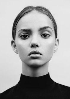 INKA // Inka Williams by Eddie NewBeauty - Isabella Schimid / Styling - Ella Murphy #beauty #brows #eyebrows