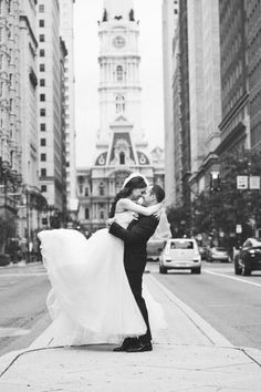 This sweet, sweet black and white photo: http://www.stylemepretty.com/2015/02/17/instyle-editors-philadelphia-wedding/   Photography: Cly By Chung - http://www.clybychung.com/