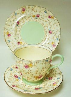 Paragon English Vintage China Tea set Tea cup trio Pink Green Chintz Florals