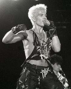 Billy Idol | ... this incredibly sexy photo of billy      fun 'billy idol!