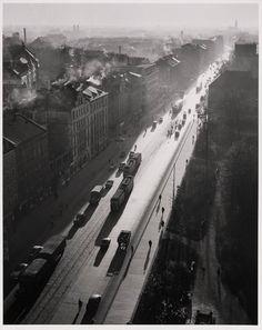 Street scene, Munich, 1954  Peter Keetman