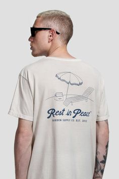 Shirt Logo Design, Tee Design, Shirt Designs, Mens Sweatshirts, Mens Tees, T Shirt Surf, Design Kaos, Printed Tees, Custom Clothes