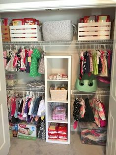 Baby nursery small closet organization new Ideas Baby Nursery Closet, Baby Nursery Diy, Diy Baby, Nursery Ideas, Girls Closet Organization, Closet Ideas, Nursery Organization, Storage Organization, Boys Closet