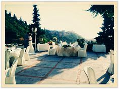A ceremony on the roof top restaurant La Chumbera in Granada, with magical views of the Alhambra Palace in the background. Not your average wedding location.