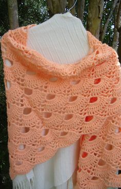 Crochet shawl shoulder cover Mother's Day by KorneliasKreations