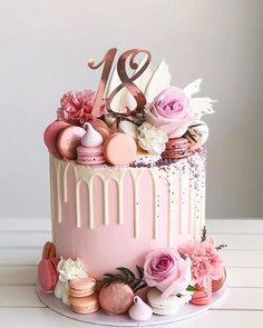 Elegant Birthday Cakes, 19th Birthday Cakes, Sweet 16 Birthday Cake, Beautiful Birthday Cakes, Birthday Cupcakes, Beautiful Cake Designs, Beautiful Cakes, Birthday Cake Decorating, Cake Decorating Tips