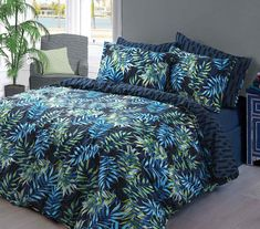 Northern Threadz Floral Polycotton Quilt Duvet Cover with Pillow Cases Bedding Sets (Single, Palm Leaf Navy) Bed Linen Sets, Bed Sets, Duvet Sets, Duvet Cover Sets, Pillow Covers, Christmas Bedding, 3d Christmas, Christmas Offers, Neiman Marcus