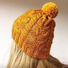 Gorro Malveira by Olalla Miranda, knitted by SylviaDP. malabrigo Rios in Sunset colorway. Find it here: http://www.ravelry.com/projects/SylviaDP/gorro-malveira Pattern here: http://www.ravelry.com/patterns/library/gorro-malveira 🇬🇧 🇪🇸