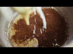 Csokis-joghurtos muffin - Electrolux Egy falat inspiráció - YouTube