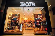Arquitectura comercial en shoppings – Isadora Plaza Oeste -RMB Design Solutions