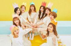 TWICE Wraps Up Filming For New Comeback Music Video #TWICE (Internacional). #트와이스 (#Teuwaiseu) en Corea. Origen: Corea del Sur. Número de integrantes: 9 Chicas (1 Taiwanesa 3 Japonesas 5 Coreanas). Debut: Corea: 20 de Octubre del 2015. Japón: 28 de Junio del 2017. Nombre Fanclub Oficial: #ONCE (#원스). #JYP Entertainment (Corea del Sur)  #NaYeon (Vocalista y Bailarina) #JeongYeon (Vocalista y Bailarina) #Momo (Rapera Vocalista y Bailarina) #Sana (Vocalista y Bailarina) #JiHyo (Líder Vocalista…