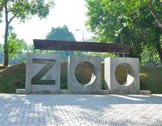 Pinnawala Zoo Sri Lanka -