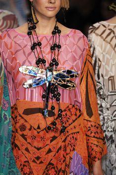 Zandra Rhodes Spring 2007 - Details