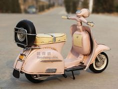 Miniature Retro Style 1955 Vespa Motorcycle Model by SimpleSmart