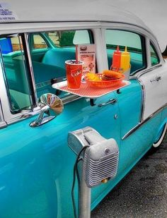 ❤️ Go car-hoppin like in the 50's