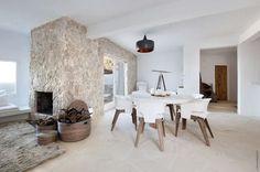 COCOON Ibiza villa design inspiration bycocoon.com | interior & exterior design | kitchen design | bathroom design | design products for easy living | Dutch Designer Brand COCOON | Casa Lobo, Cala Vadella, Ibiza