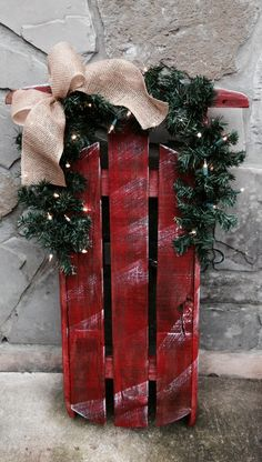 New outdoor christmas decoration christ Christmas Sled, Christmas Wood Crafts, Homemade Christmas Decorations, Rustic Christmas, Christmas Projects, Winter Christmas, Holiday Crafts, Christmas Wreaths, Holiday Decor