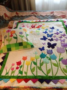 Blooming Butterflies Quilt Kit - Laser Cut - Welcome my homepage Patch Quilt, Applique Quilts, Quilt Blocks, Mug Rug Patterns, Quilt Patterns, Girls Quilts, Baby Quilts, Applique Designs, Quilting Designs