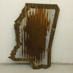 "Reclaimed Wood & Corrugated Metal State of Mississippi Sign (20"" x 34"")"