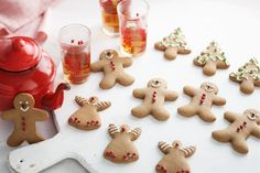 Everyone will run, run as fast as they can... to try and eat these very tasty gingerbread men.