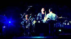 U2 - Beautiful Day (Sub. Español) ''Rose Bowl - 360° Tour''