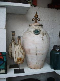 jarrones World Decor, Jewel Tones, Old World, Recycling, Wood, Beautiful, Home Decor, Ideas, Enamels