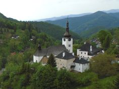 Špania Dolina - Ján Serbák (blog.sme.sk) Modeling, Mountains, Mansions, House Styles, Nature, Blog, Travel, Home, Naturaleza