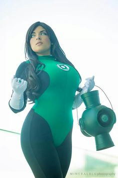 Female Green Lantern cosplay from DC Comics - fancosplay Dc Cosplay, Best Cosplay, Cosplay Girls, Cosplay Style, Marvel Cosplay, Green Lantern Cosplay, Beste Comics, Non Plus Ultra, Green Lantern Corps