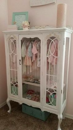Adorable idea for a little girls room!