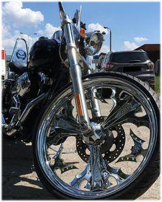 RoadStyler custom wheel on Harley-Davidson Wide Glide Harley Wide Glide, Custom Wheels, Harley Davidson, Honda, Bicycle, Motorcycle, Vehicles, Bicycle Kick, Bike