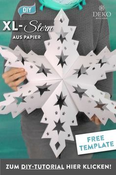 DIY: XL Advent star for hanging yourself - DIY: wunderschöne Weihnachtsdeko - # Christmas Star, Christmas Paper, Christmas Crafts, Christmas Decorations, Xmas, Christmas Ornaments, Ideas Scrapbook, Scrapbook Designs, Paper Snowflakes
