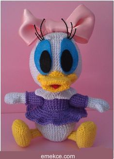 I've added a new one to my amigurumi works, which I have been on a break for a. Amigurumi Toys, Amigurumi Patterns, Disney Crochet Patterns, How To Start Knitting, Sewing Toys, Easy Sewing Projects, Stuffed Toys Patterns, Free Pattern, Daisy Duck