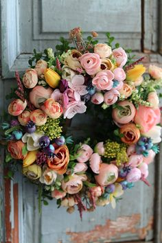 Fall Wreaths, Door Wreaths, Art Work, Floral Wreath, Farmhouse, Home Decor, Crowns, Puertas, Flowers