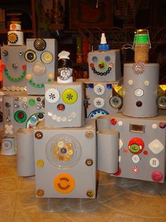 Recycle Robots Made from houshold items like soup cans, cereal boxes, tissue boxes, paper towel rolls, bottle caps, jar lids, old buttons,and other household junk.