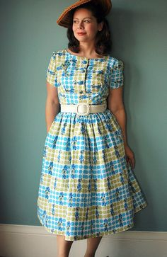 another butterick 9265 (1960). I love everything this woman makes. And I MUST get this pattern.