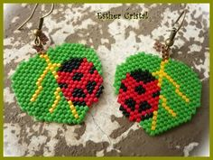 great site with lots of seed bead images Seed Bead Jewelry, Bead Jewellery, Seed Bead Earrings, Seed Beads, Peyote Patterns, Beading Patterns, Motifs Perler, Melting Beads, Bead Loom Bracelets