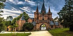 Fairytale Castle, Interesting Buildings, Czech Republic, Prague, The Great Outdoors, Barcelona Cathedral, Vacation, Mansions, Pictures