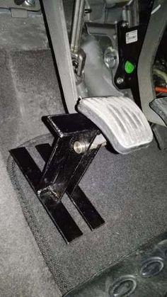 Seguro Antirrobo Carro Clutch Pedal - $ 40.000