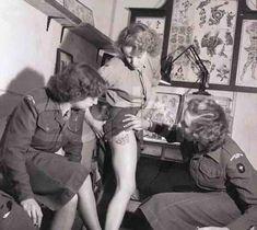 Cosa troverete: due mickey mouse vintage che pubblicizzano un aereo sovietico, l'orribile mascotte dei Chicago Club, una donna che mostra il suo tatuaggio inguinale negli anni 40, il Louvre m…