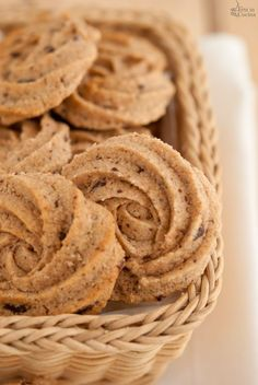 whole wheat biscuits with dark chocolate