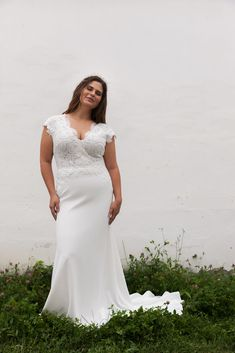 Daalarna CURVY Wedding Dresses – Celebrate your curves! Bride Gowns, Bridal Dresses, Wedding Gowns, Plus Size Wedding, Celebrity Weddings, Beautiful Bride, Mother Of The Bride, Marie, Hollywood